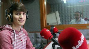 Luís Pérez Barral en Radio Voz. Fonte: Carmela Queijeiro